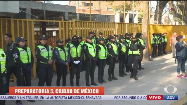policias cdmx despliegan operativo en prepa