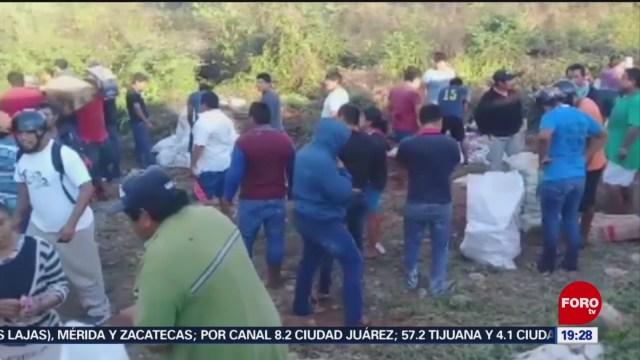 Foto: Video Rapiña Mercancía Tráiler Volcado Campeche 4 Febrero 2020