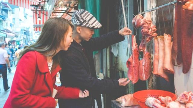 Ciudad china podría prohibir comer perros y gatos