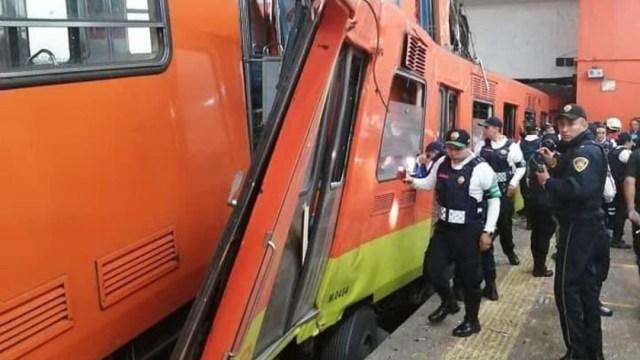Sheinbaum ingresa a Metro Tacubaya tras choque de trenes
