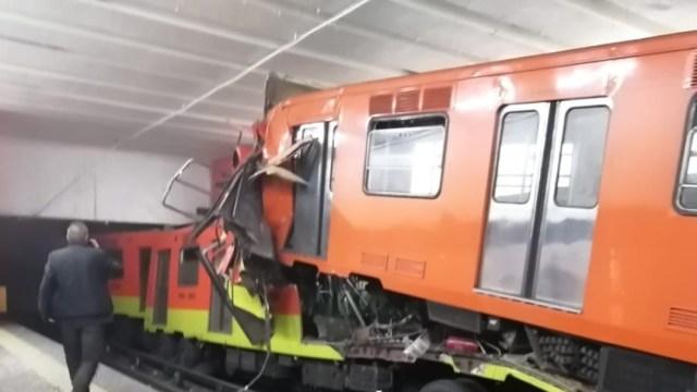 Chocan dos trenes en el Metro Tacubaya