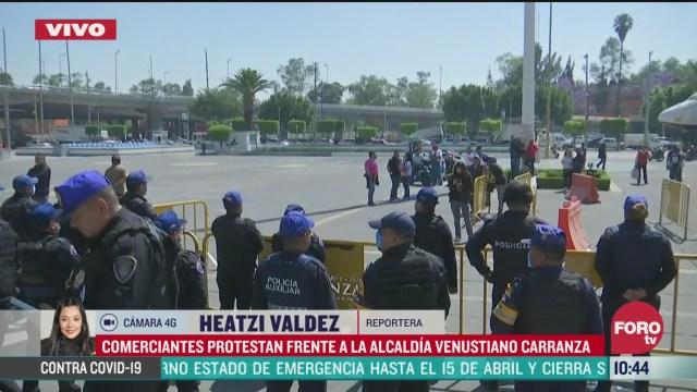 comerciantes protestan frente a la alcaldia venustiano carranza