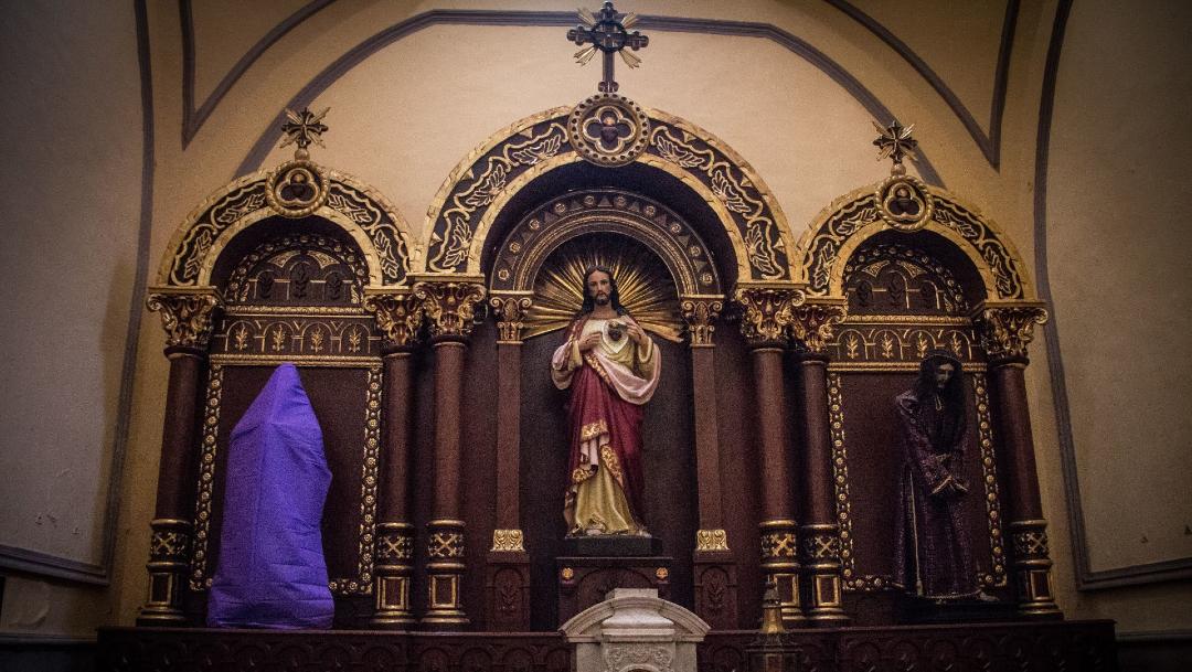 iglesia san cosme cubre virgen con mantas