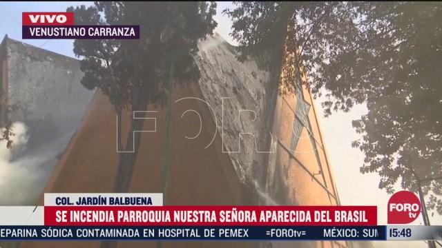 FOTO: desalojan a 300 personas por incendio en iglesia de jardin balbuena