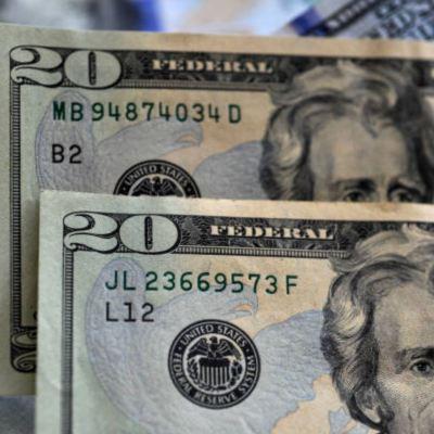 FOTO:Peso abre en 24.31 por dólar este 1 de abril