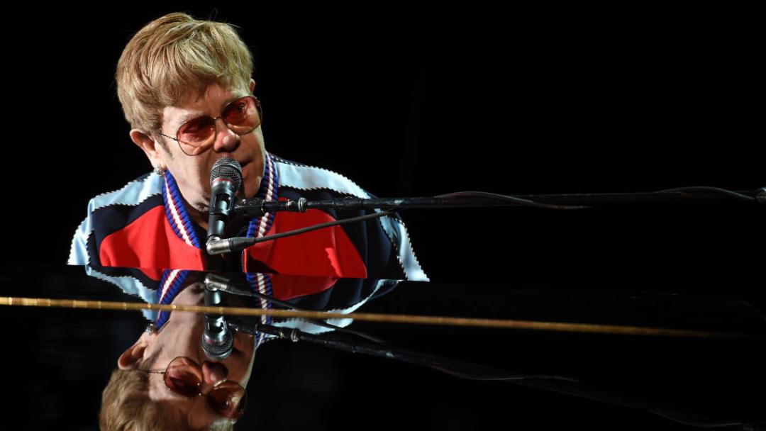 Coronavirus: Elton John dará concierto benéfico por COVID-19