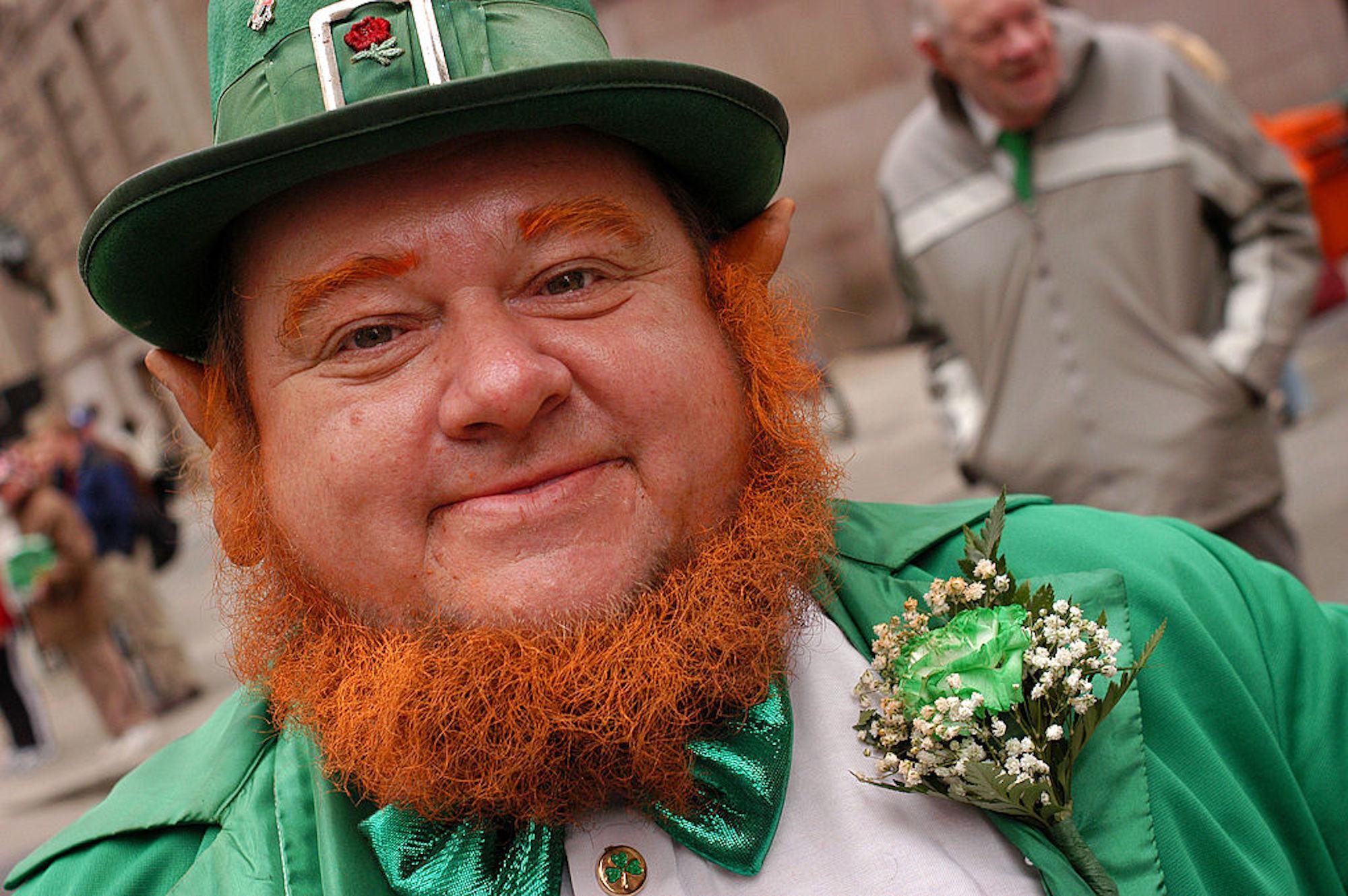 Día de San Patricio: ¿por qué la cerveza y la ropa verde?