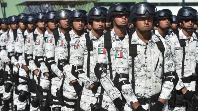 Fotografía que muestra a elementos de la Guardia Nacional, 25 marzo 2020