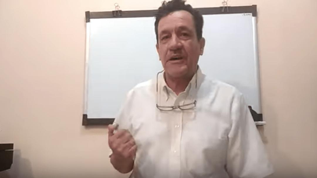 Foto Profesor mexicano crea canal de YouTube para seguir dando clases 20 marzo 2020