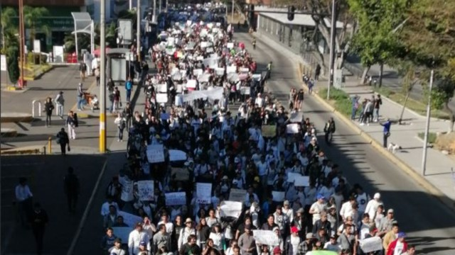 Foto: Estudiantes en Puebla marchan para exigir justicia por el homicidio de sus compañeros, también demandan paz y seguridad, 5 marzo 2020