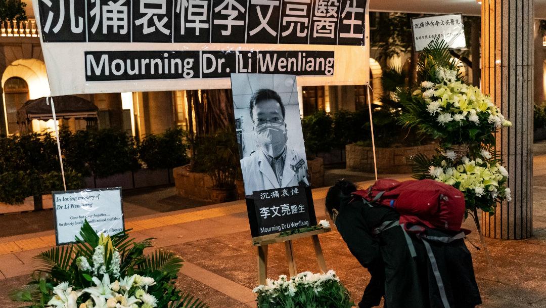 Se disculpa China por abusos contra médico que alertó sobre #COVID-19
