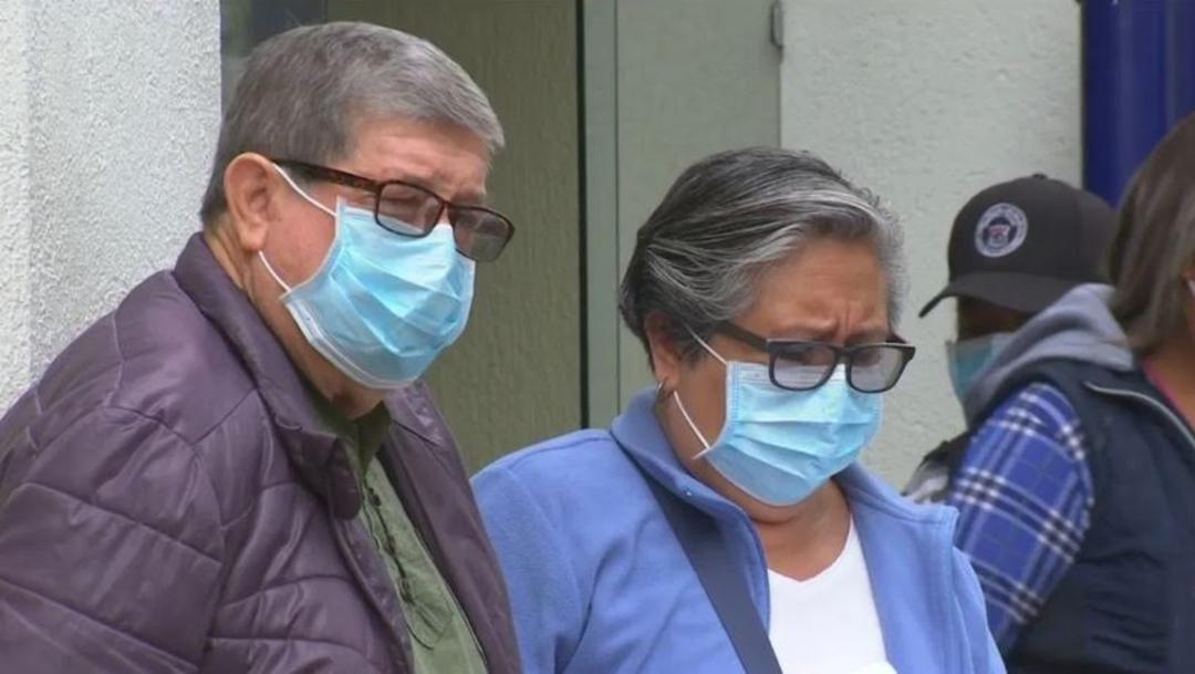 Ciudadanos utilizan cubrebocas para protegerse del coronavirus. (Foto: Noticieros Televisa)