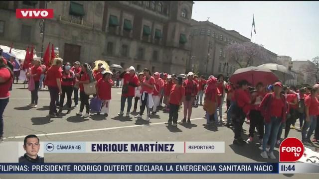 se registra manifestacion en el zocalo de la ciudad de mexico