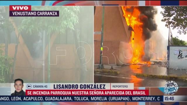 FOTO: sofocan incendio en iglesia de la colonia balbuena