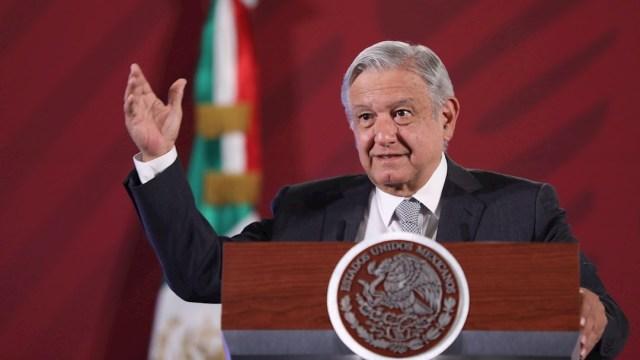 El presidente de México, Andrés Manuel López Obrador, habla hoy miércoles durante su conferencia matutina en Palacio Nacional, 8 abril 2020