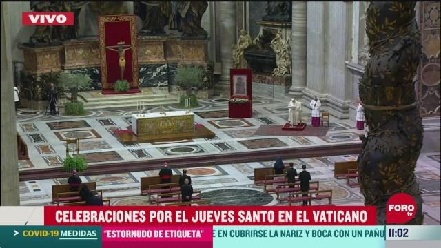 celebraciones por el jueves santo en el vaticano