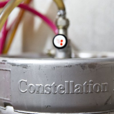 Foto: Un barril de cerveza de la empresa Constellation Brands, 1 abril 2020
