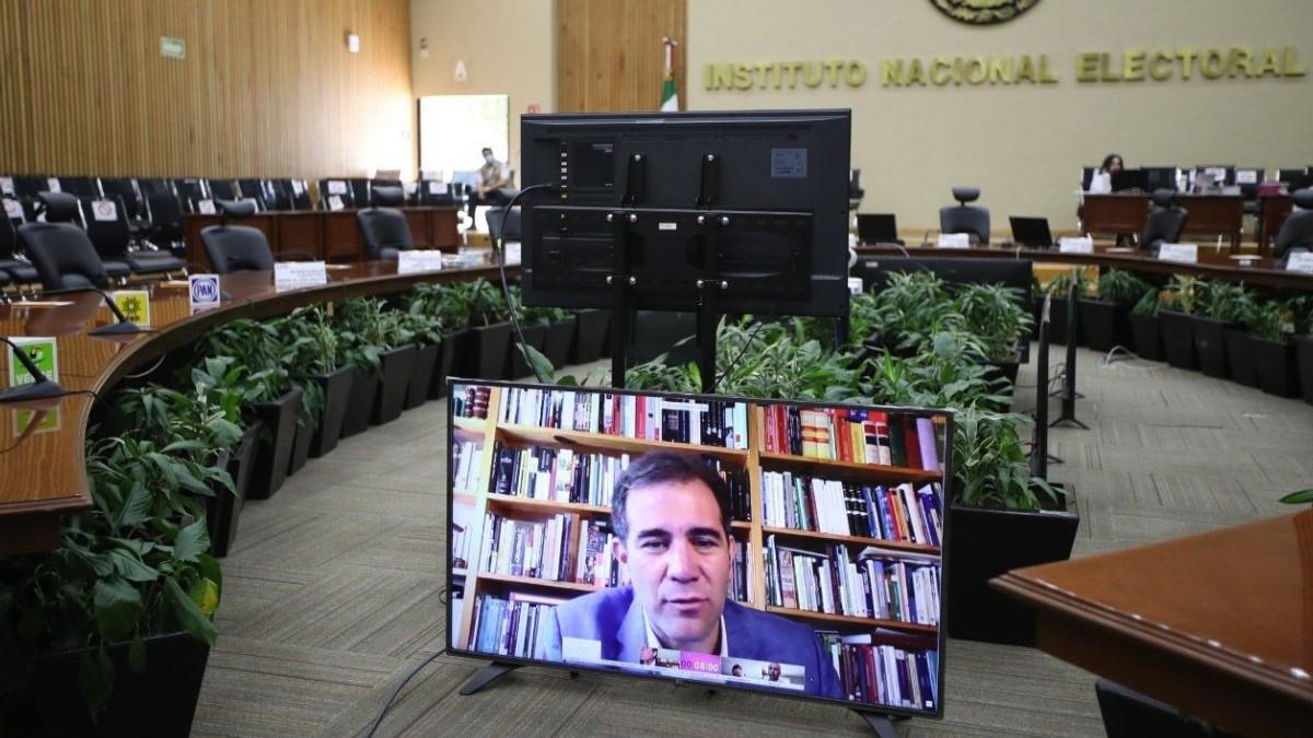 Coronavirus: INE aprueba reducir 50% financiamiento a Morena