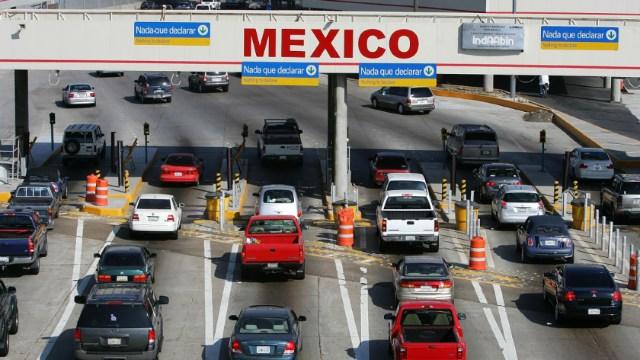 El presidente Andrés Manuel López Obrador descartó el cierre de fronteras entre Estados Unidos y México, 1 abril 2020