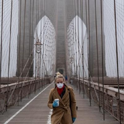 Foto: Nueva York suma más de 2 mil 300 muertes por coronavirus y lucha contra escasez de respiradores, 1 de abril de 2020, (Getty Images, Archivo)