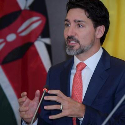 Trudeau anuncia que frontera Canadá-EEUU permanecerá cerrada un mes más