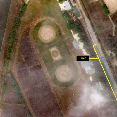 Imágenes de satélite localizan el tren privado de Kim Jong-un, líder de Corea del Norte