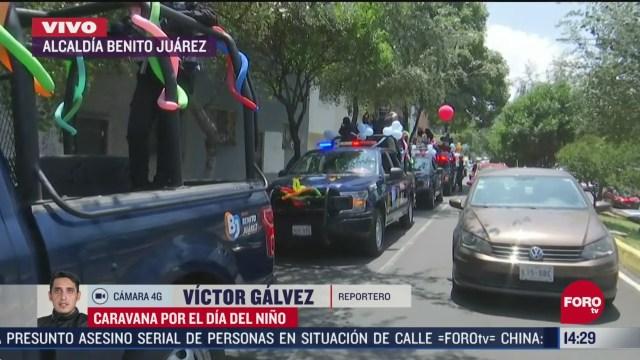 FOTO: policias de alcaldia benito juarez en cdmx realizan caravana por el dia del nino