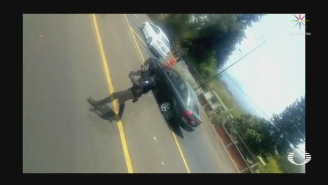 Foto: Video Policías De Michoacán Disparan Contra Autobús Tomado Por Normalistas 28 Abril 2020