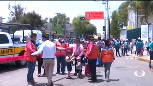 Foto: Coronavirus Segundo Día Clientes Mercado La Nueva Viga 10 Abril 2020