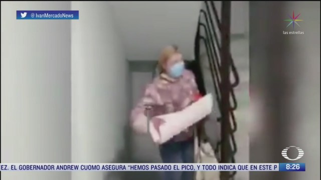 realizan homenaje a enfermera en espana