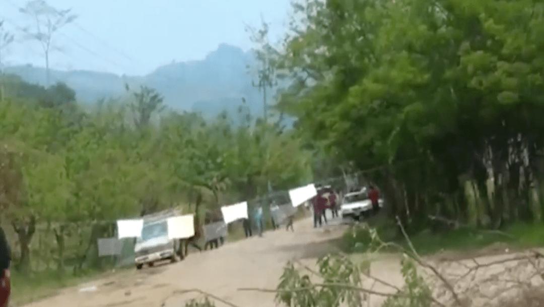 Se enfrentan policías e indígenas de Tumbalá, Chiapas
