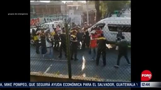 se enfrentan policias y transportistas en calzada de tlalpan