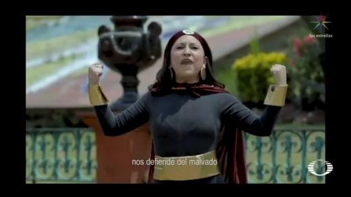 Foto: Se viraliza 'Susana Distancia' de Metepec 7 Abril 2020