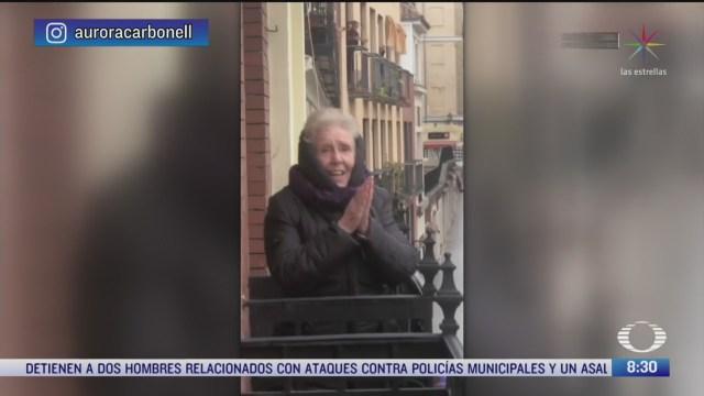 vecinos sorprenden a abuelita en su cumpleanos en espana