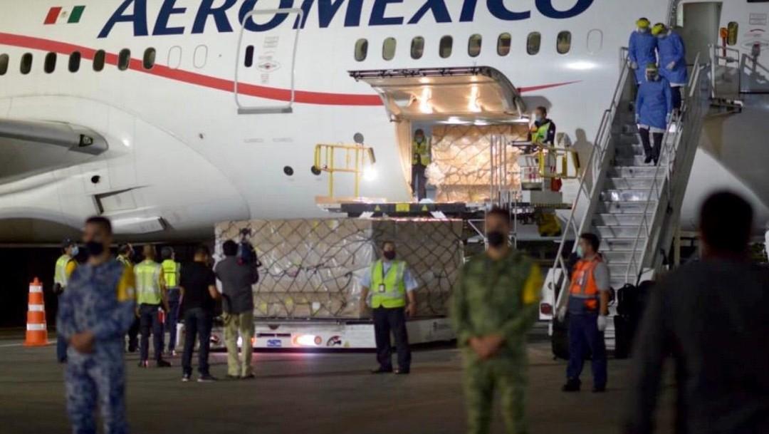 Llega a México décimo avión con insumos médicos de China