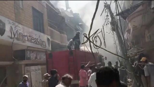 Avión se estrella en Pakistán con 107 personas a bordo