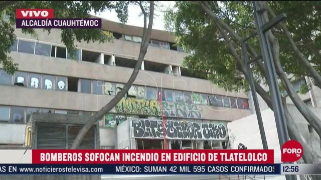 bomberos sofocan incendio en hospital abandonado en zona de tlatelolco cdmx