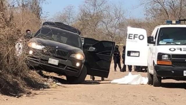 """El cuerpo sin vida de """"El Chino Ántrax"""" fue encontrado al interior de una lujosa camioneta. (Foto: @Dafne148Mora)"""