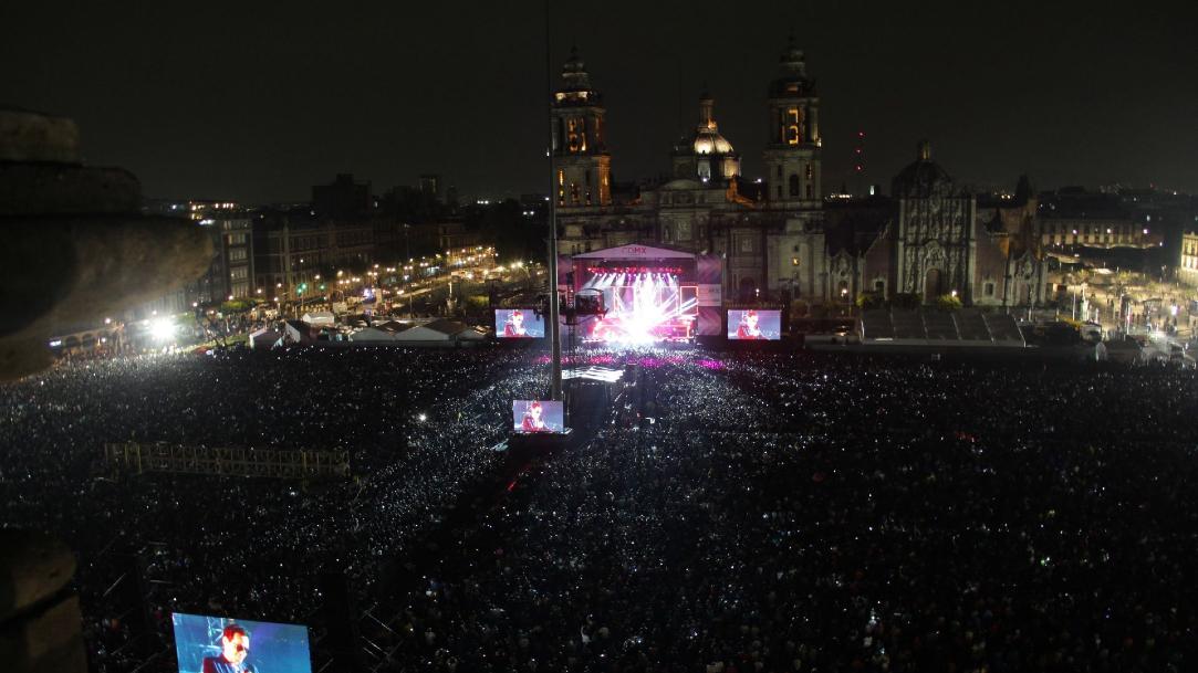 Fotografía de un concierto en el Zócalo de la CDMX. (Foto: Cuartoscuro/archivo)