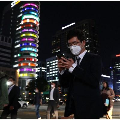Cierran bares y discotecas tras repunte de casos de COVID en Corea del Sur