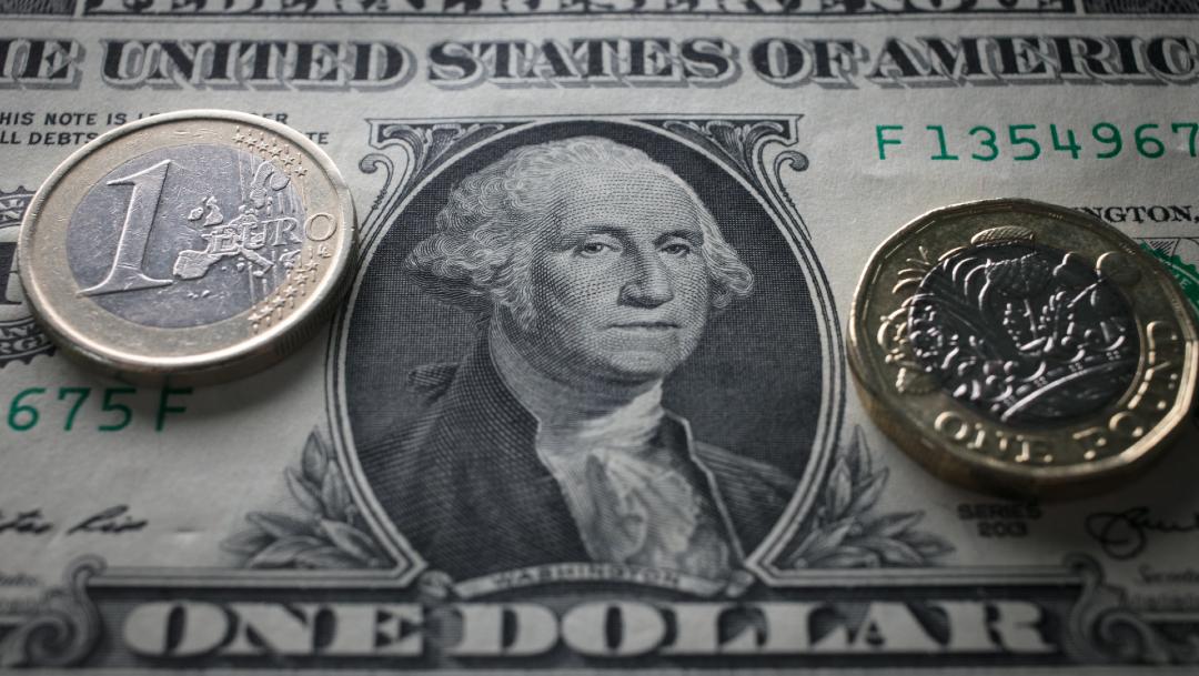 Peso mexicano gana ante avance de los precios del crudo; cotiza en $22.83