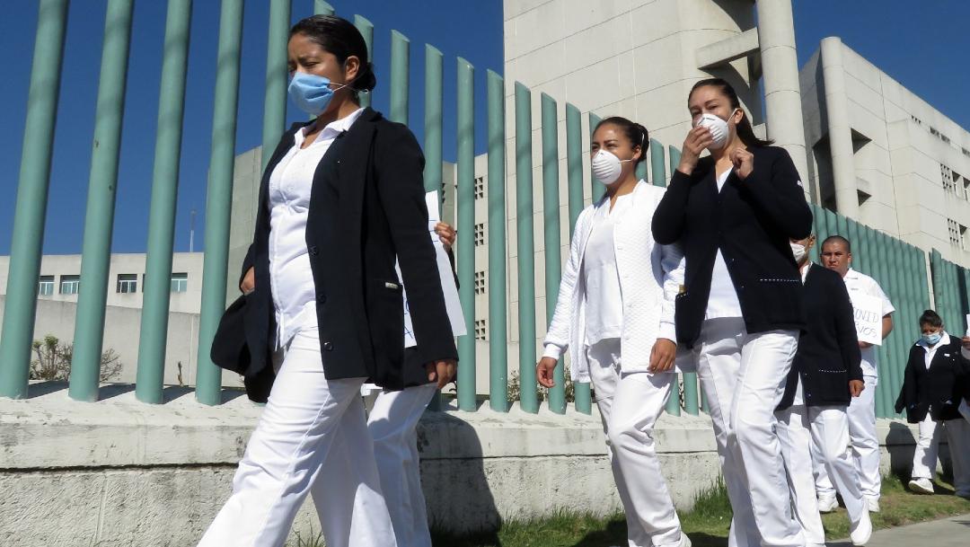 Un grupo de enfermeras que atienden a pacientes con coronavirus. (Foto: Cuartoscuro/archivo)