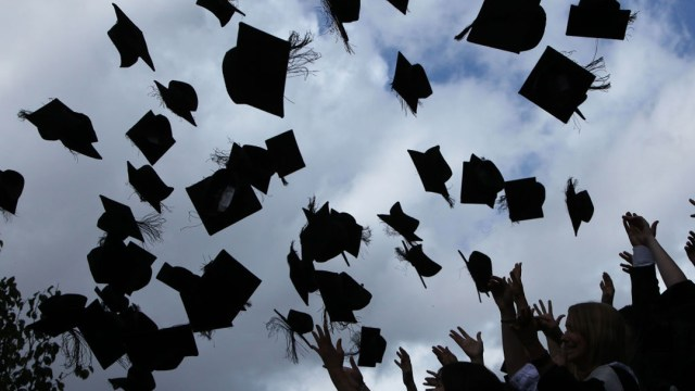 Estudiantes Monterrey Celebran Graduación Monterrey Video