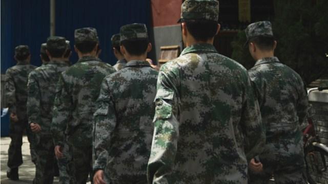 Soldados de China e India se enfrentan