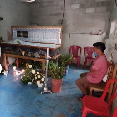 Suman 73 muertos por alcohol adulterado en México