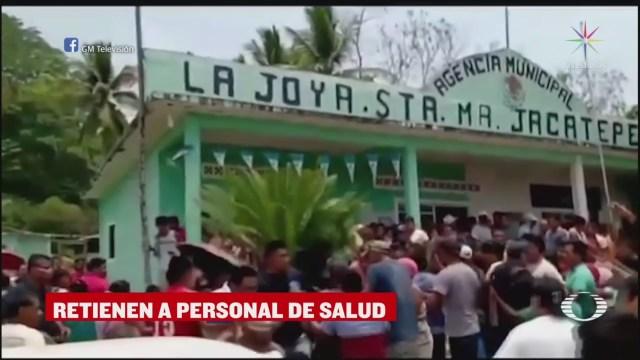 Retienen a personal médico del IMSS en Jacatepec, Oaxaca