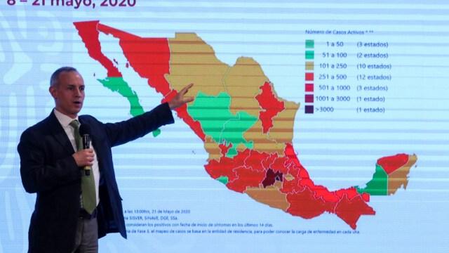 FOTO: OMS reconoce labor de Hugo López-Gatell; vamos bien ante pandemia: AMLO, el 24 de mayo de 2020