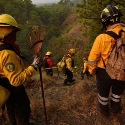 FOTO: Se registra incendio de viviendas y vehículos en la sierra de Guerrero, el 31 de mayo de 2020