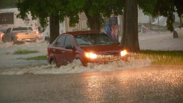 Frente frío 59 y canal de baja presión provocarán lluvias en México