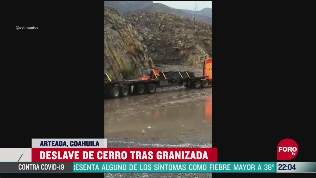 FOTO: 24 de mayo 2020, lluvias provocan deslave de cerro en carretera en arteaga coahuila